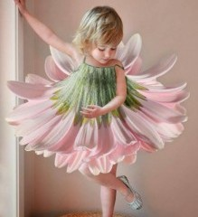 how darling cute is this? flower girl
